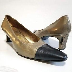 Salvatore Ferragamo Pump Gold Cap Toe Logo Heels